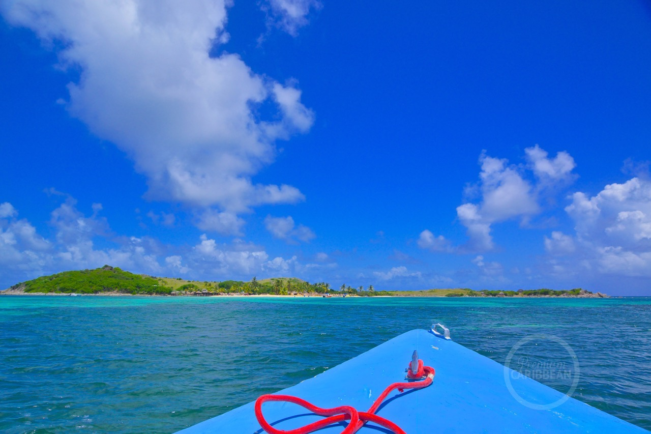 Pinel Island by boat