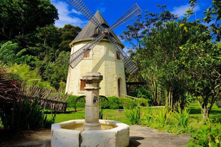 West Indies Cottage Moulin